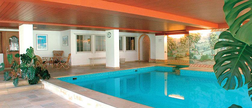 Austria_St-Johann_Sporthotel-Austria_Indoor-pool.jpg